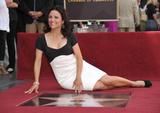 th_05209_JLD_honored_with_star_on_hollywood_walk_of_fame_01_122_108lo.jpg