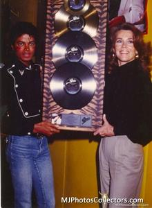 1983 Thriller Certified Platinum Th_947922739_med_gallery_8_119_2408399_122_49lo