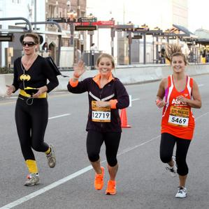 Shawn Johnson runs the Rock 'n' Roll Los Angeles Halloween Half Marathon Benefiting The ASPCA; October 28, 2012