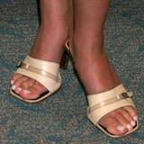 pics of sarah michelle gellar feet